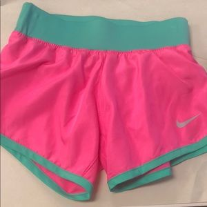 NWT Nike short for kids ❤️